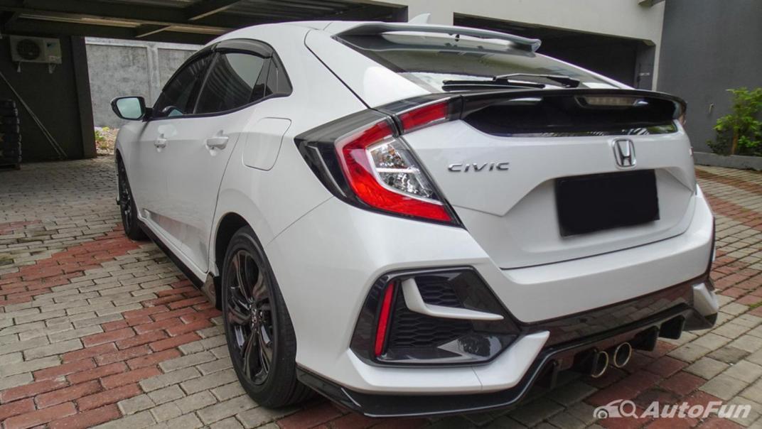 Honda Civic Hatchback RS Exterior 006