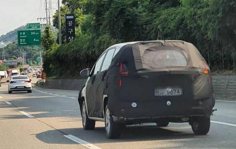 Hyundai Stargazer 2022 -1