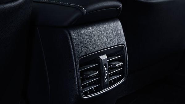 Toyota Corolla Altis 2019 Interior 114