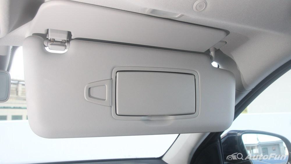 Mercedes-Benz E-Class 2019 Interior 057