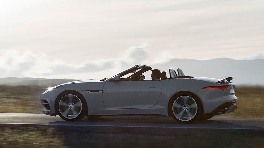 Jaguar F-TYPE 2019 Exterior 004