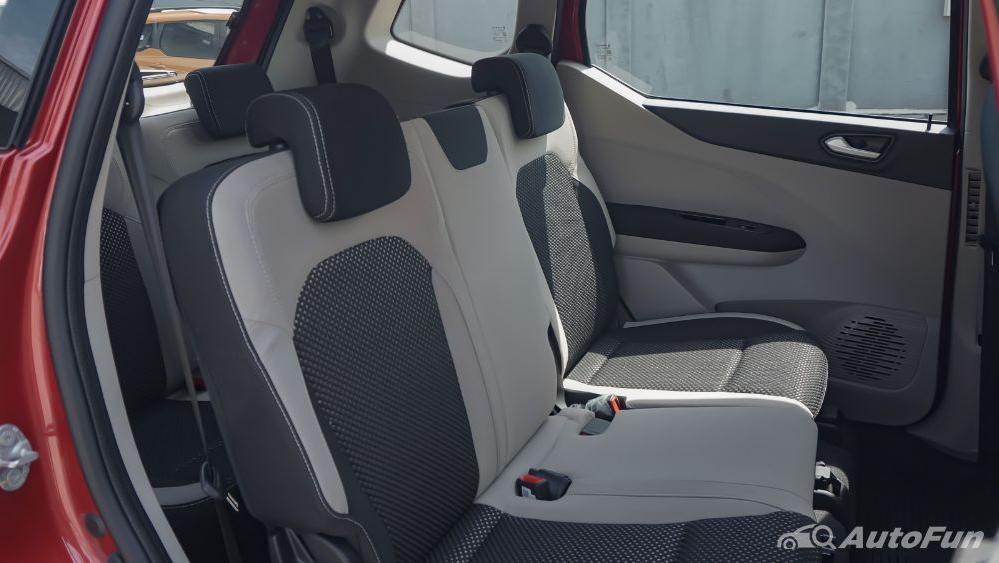 Renault Triber RXZ MT Interior 023