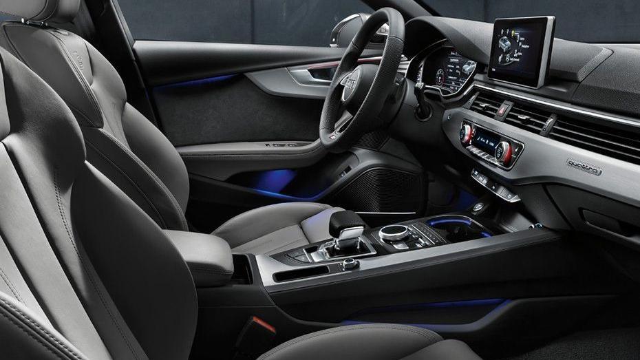 Audi A4 2019 Interior 015