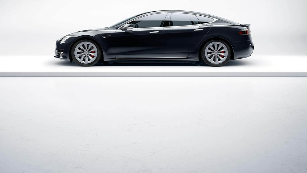 Tesla Model S 2019 Exterior 002