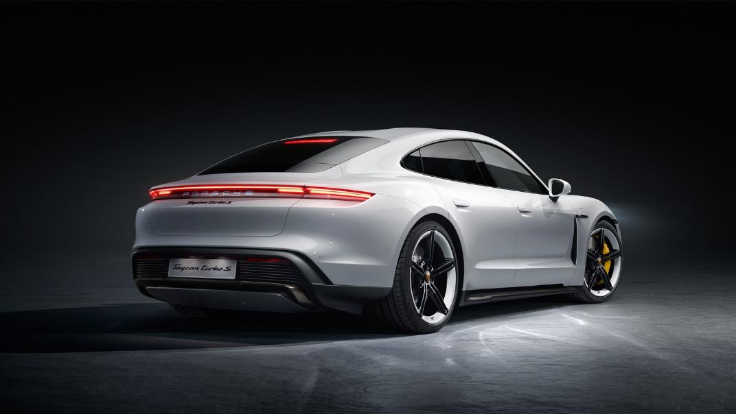 2021 Porsche Taycan Exterior 004