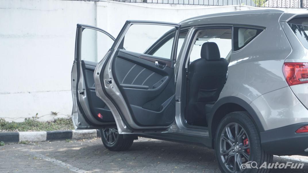 DFSK Glory i-Auto Intelligent Interior 096