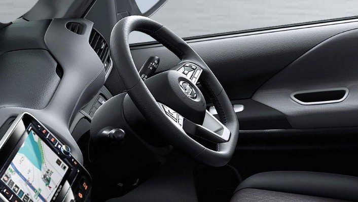 Nissan Serena 2019 Interior 001