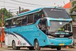 Cuma Nambah Airsus,  Bus Hino RK 260 Naik Rp150 Jutaan