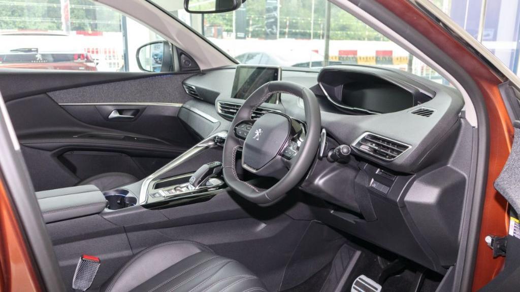 Peugeot 3008 2019 Interior 002