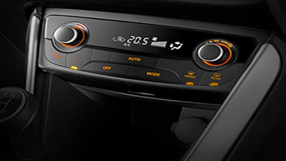 Suzuki SX4 S-Cross 2019 Interior 008