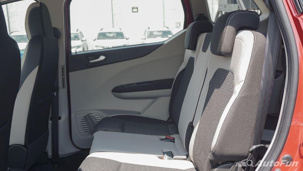 Renault Triber RXZ MT Interior 028
