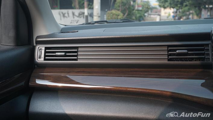 Suzuki Ertiga Sport AT Interior 005