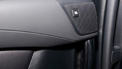 Toyota Alphard 2019 Interior 002