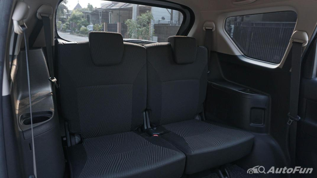 Suzuki Ertiga Sport AT Interior 048