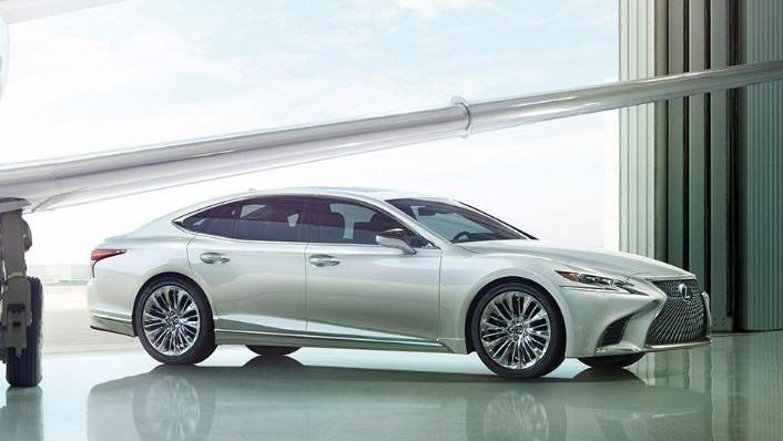 Lexus LS 2019 Exterior 006
