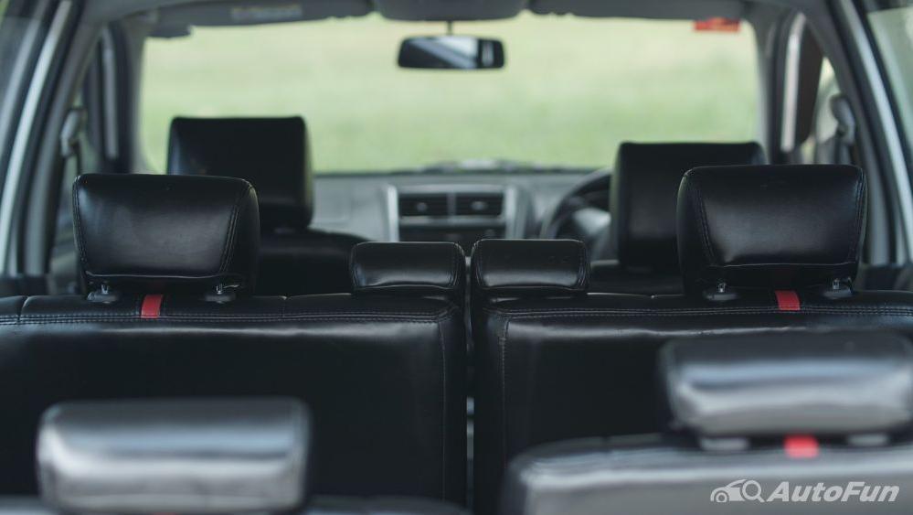 Toyota Avanza Veloz 1.3 MT Interior 042