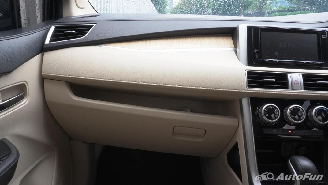 2020 Mitsubishi Xpander Ultimate A/T Interior 015