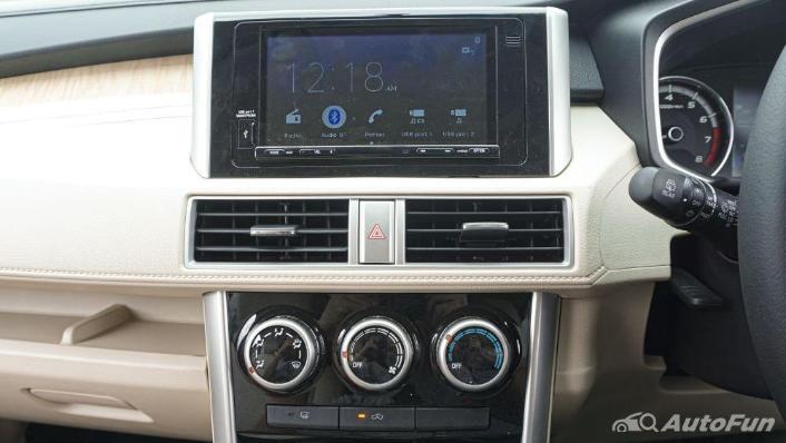 Mitsubishi Xpander Ultimate A/T Interior 008
