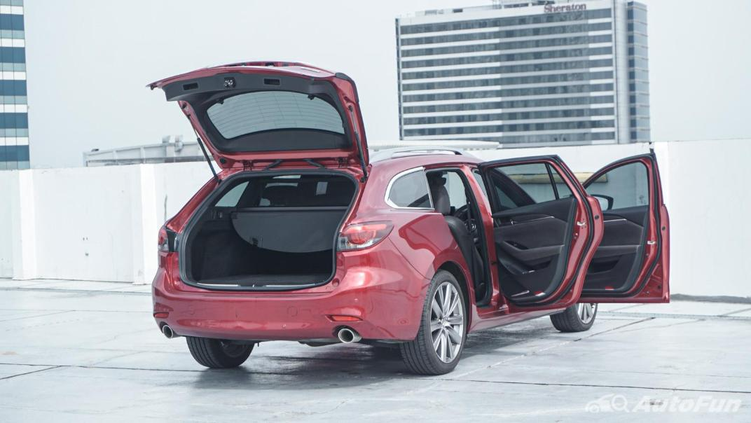 Mazda 6 Elite Estate Interior 068