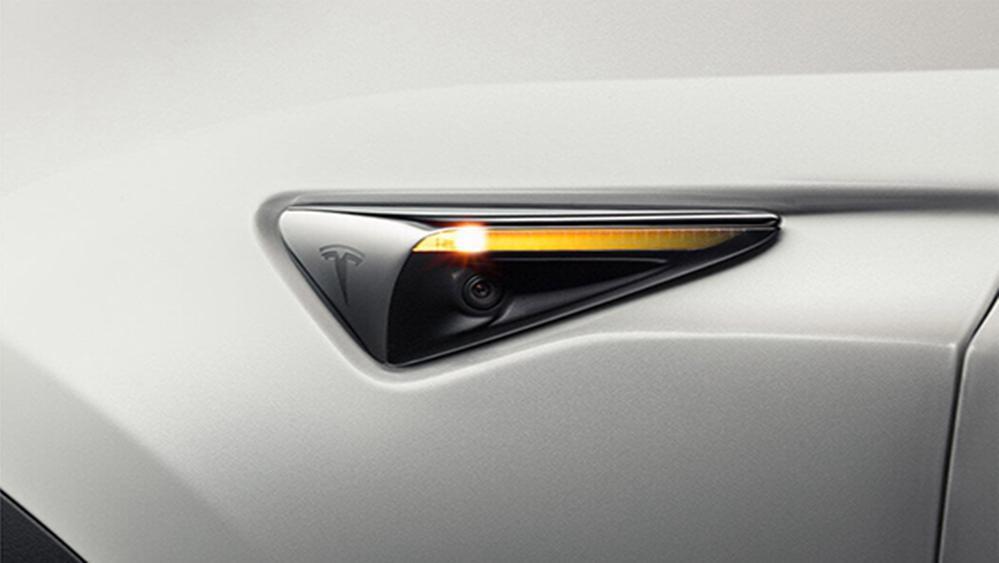Tesla Model X 2019 Exterior 007