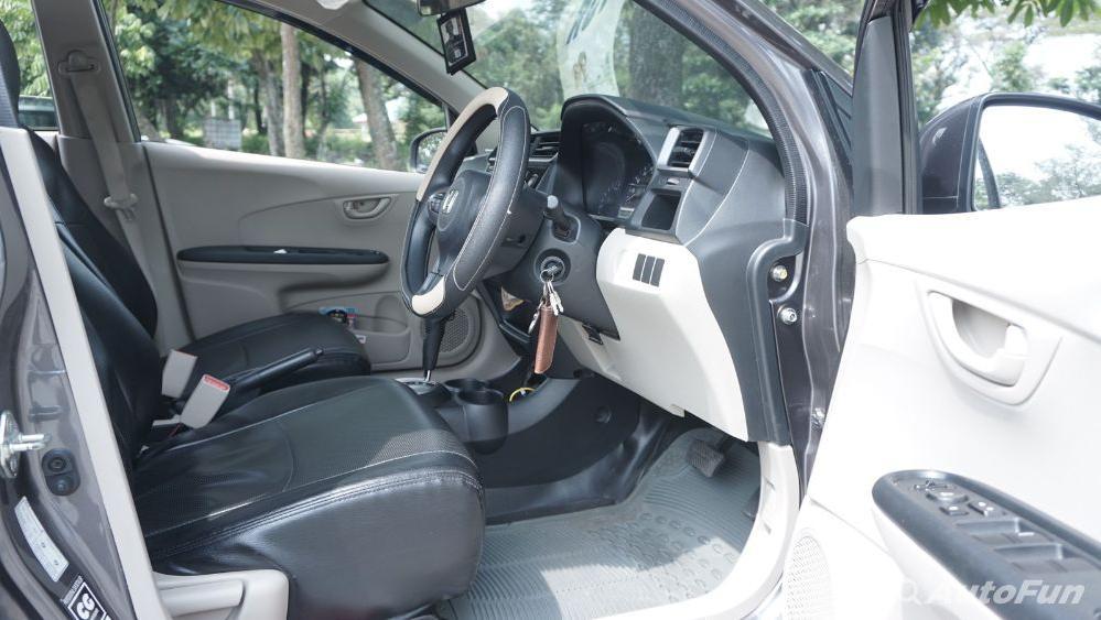 Honda Mobilio E CVT Interior 015