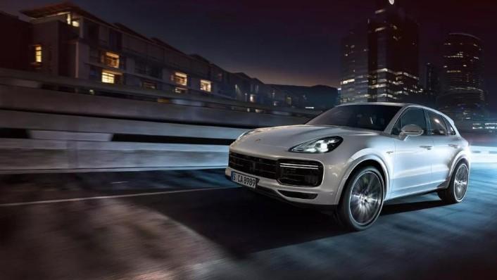 Porsche Cayenne 2019 Exterior 003