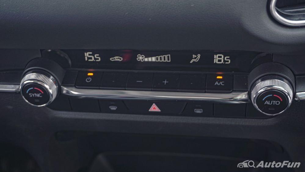 Mazda CX 30 GT Interior 038