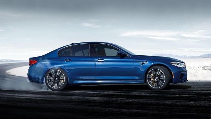 BMW M5 2019 Exterior 004