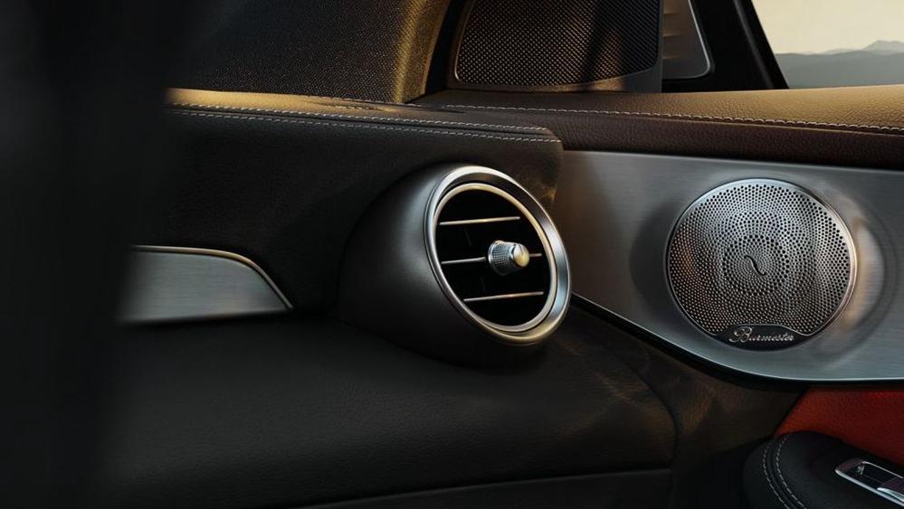 Mercedes-Benz GLC-Class 2019 Interior 005