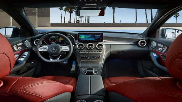 Mercedes-Benz C-Class Estate 2019 Interior 001