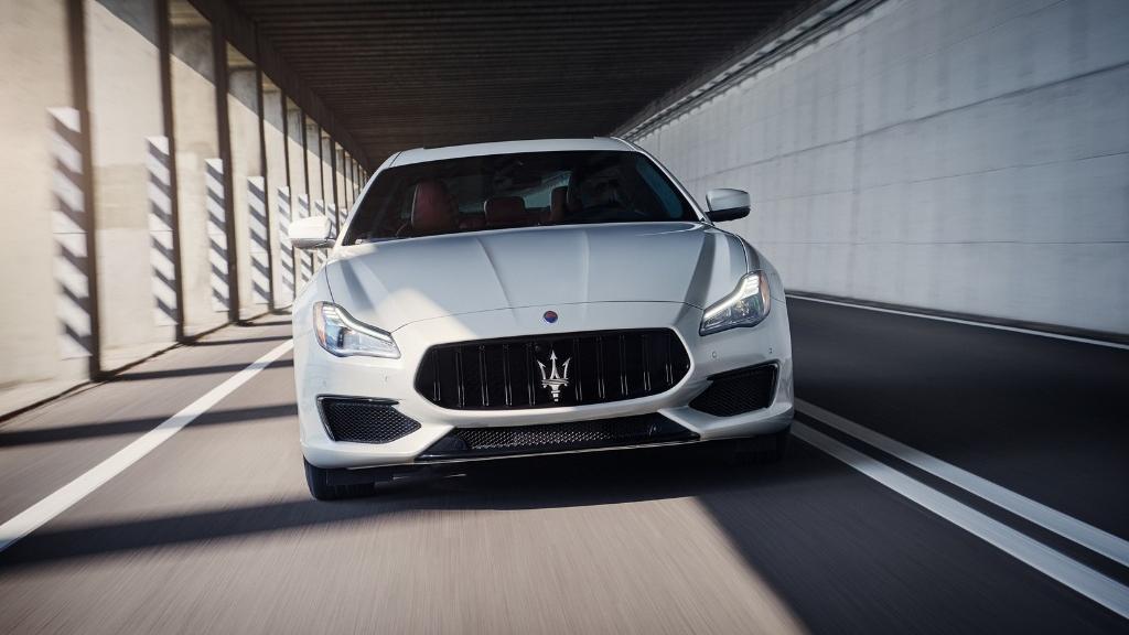 Maserati Quattroporte 2019 Exterior 009