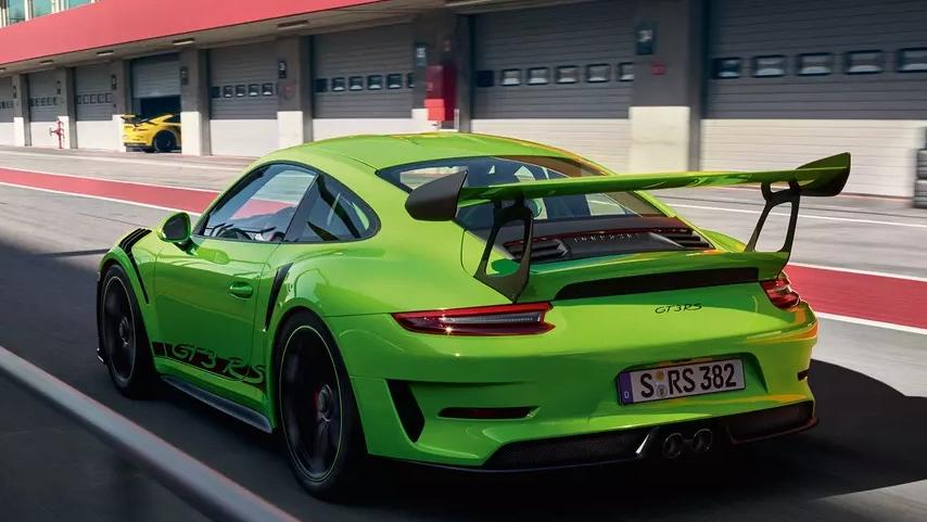 Porsche 911 2019 Exterior 014