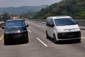 Test Drive Singkat Hyundai Staria 2021 : MPV Bongsor yang Fun To Drive