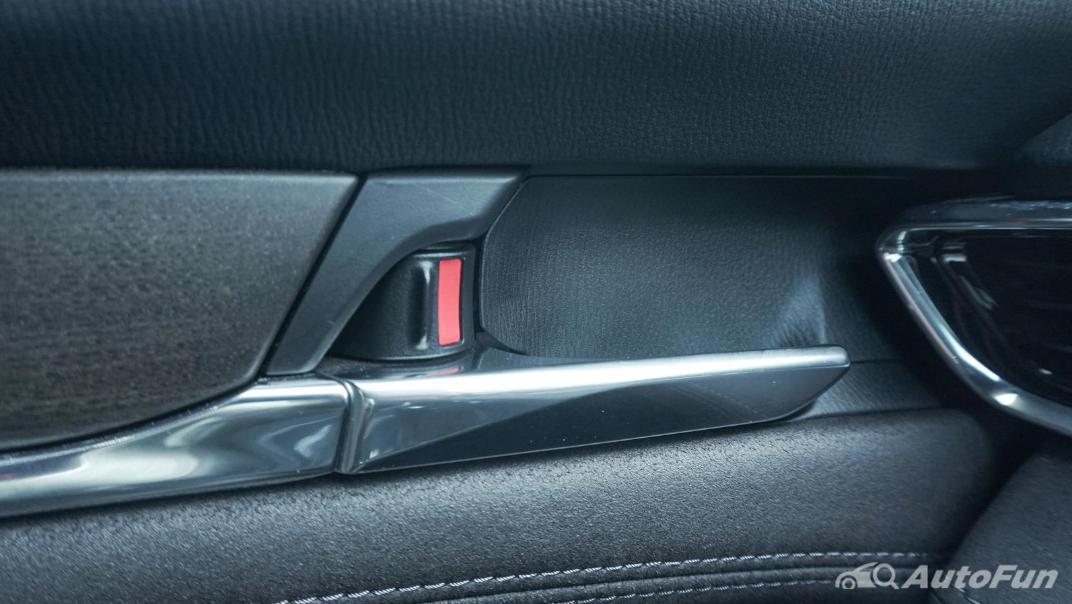 Mazda 6 Elite Estate Interior 081