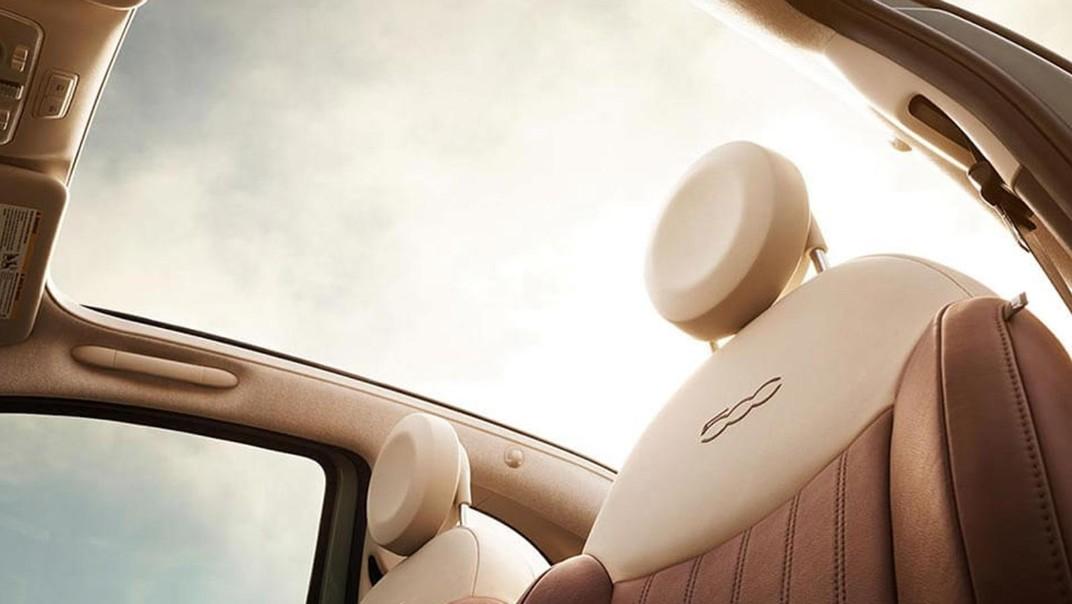 Fiat 500c 2019 Interior 018