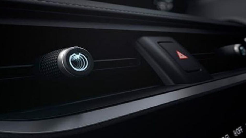 Lexus UX 2019 Interior 007