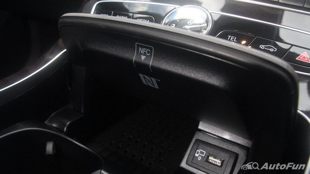 Mercedes-Benz E-Class 2019 Interior 020