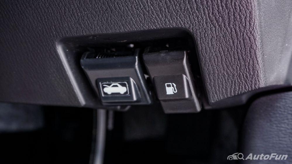 Mazda 2 GT AT Interior 030