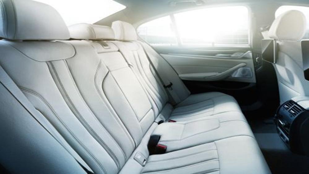 BMW 5 Series Sedan 2019 Interior 007