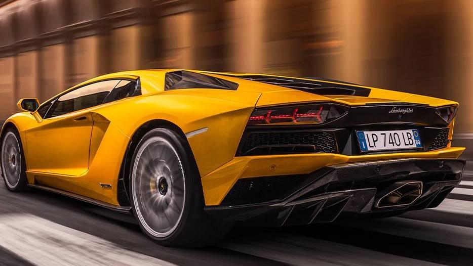 Lamborghini Aventador 2019 Exterior 042