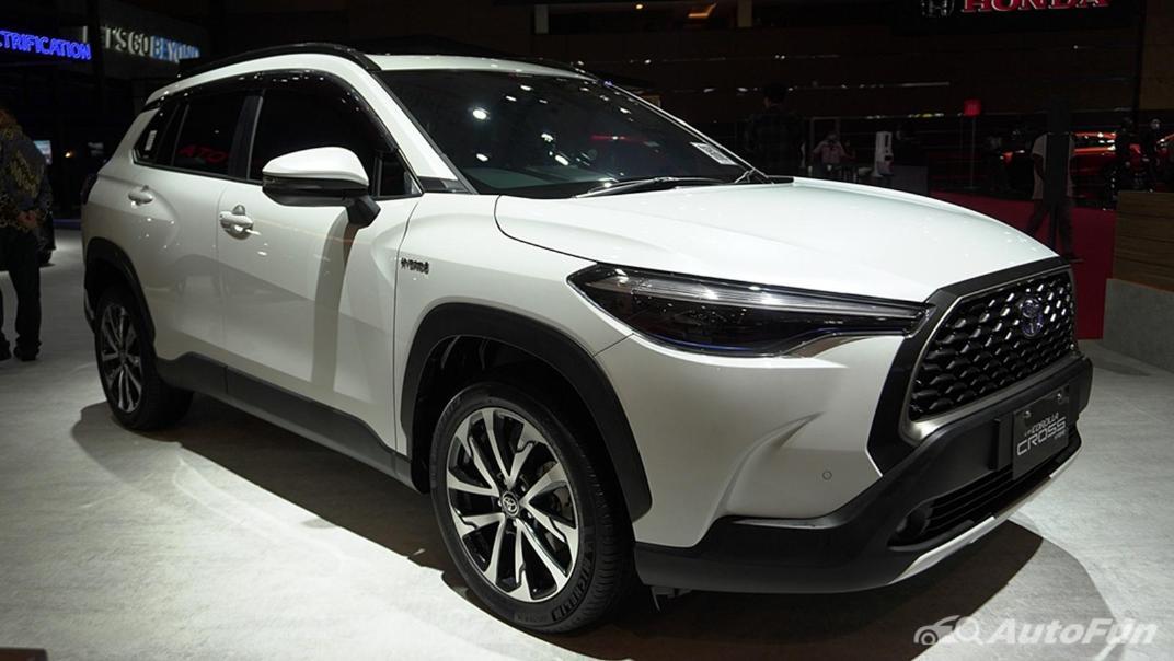 2021 Toyota Corolla Cross Exterior 003