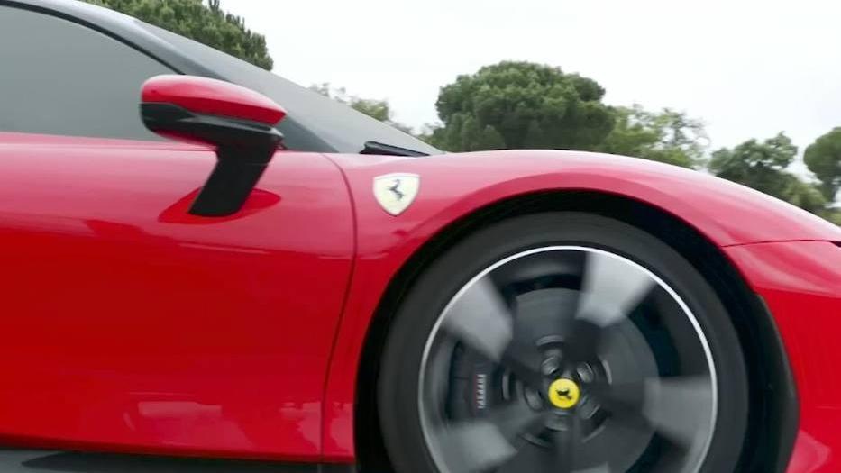 Ferrari SF90 Stradale 2019 Exterior 010