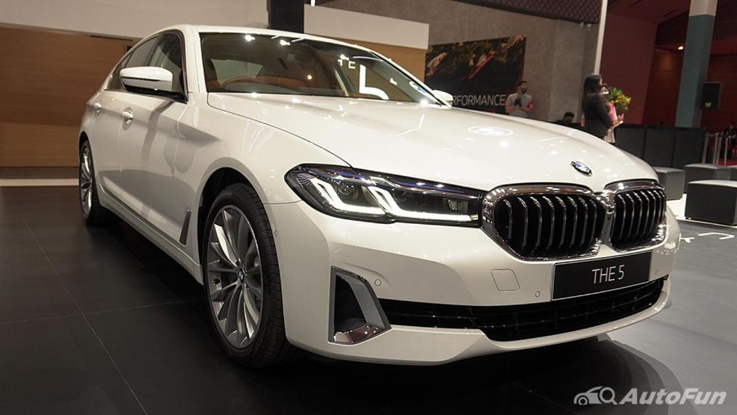 2021 BMW 5 Series Sedan Exterior 004