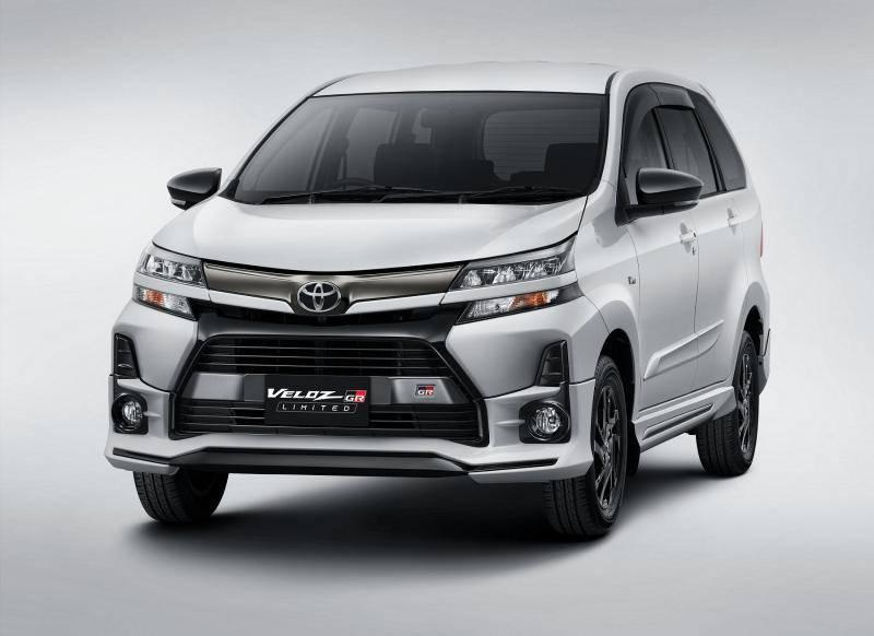 Budget Rp250 Juta, Pilih Toyota Veloz GR Limited Baru atau Toyota Kijang Innova Reborn Bekas? 02