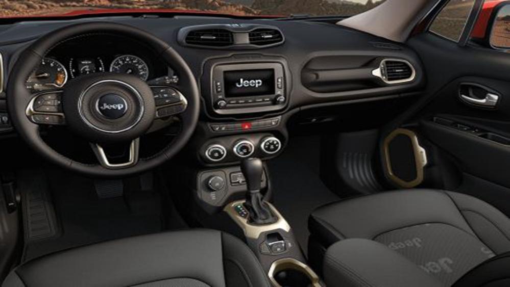 Jeep Renegade 2019 Interior 002