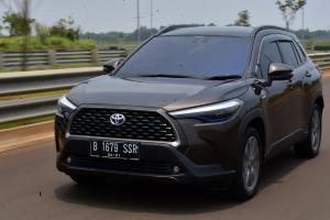 Rating: Toyota Corolla Cross – Percaya Diri Dengan Andalkan Teknologi Hybrid
