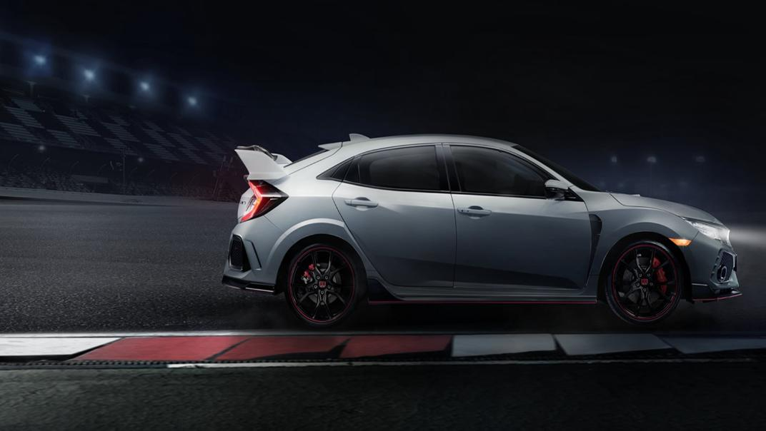 Honda Civic Type R 6-Speed MT Exterior 002