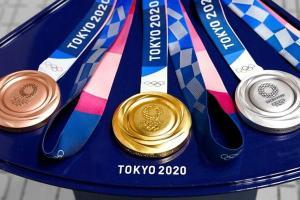 Dapat Rp5 Miliar dari Bonus Emas Olimpiade Tokyo Bisa Beli Mobil Apa Saja?