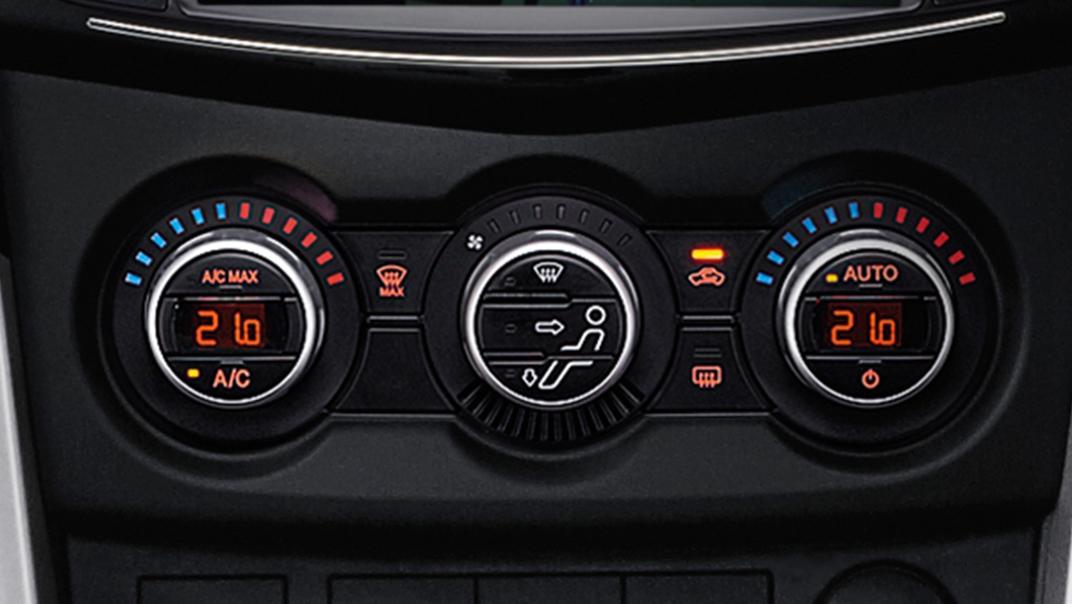 2021 Mazda BT-50 Upcoming Version Interior 005
