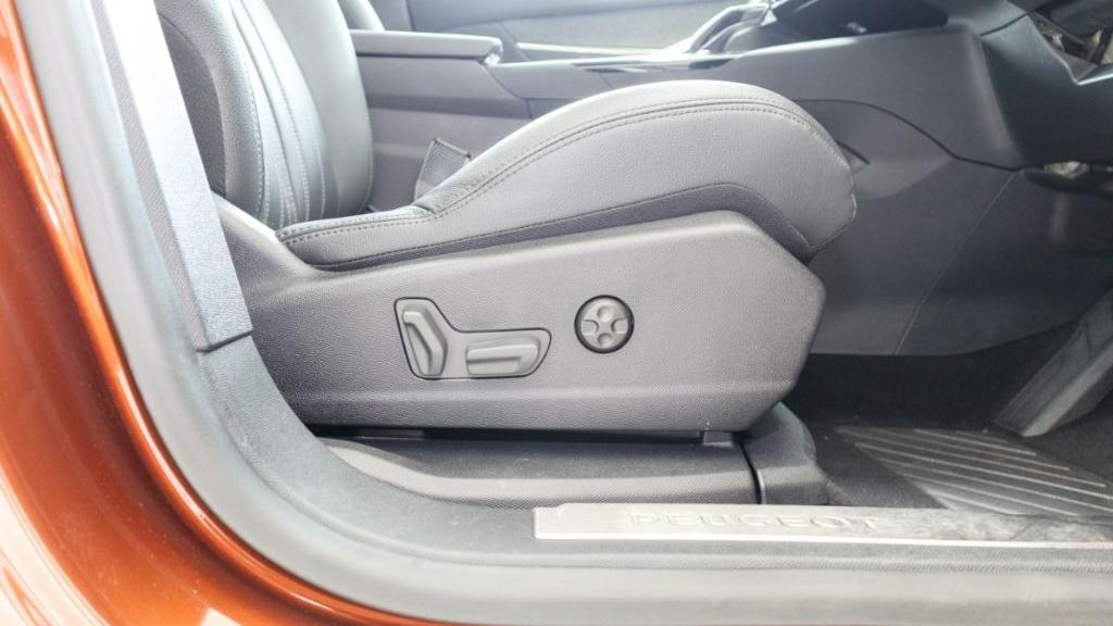 Peugeot 3008 2019 Interior 037